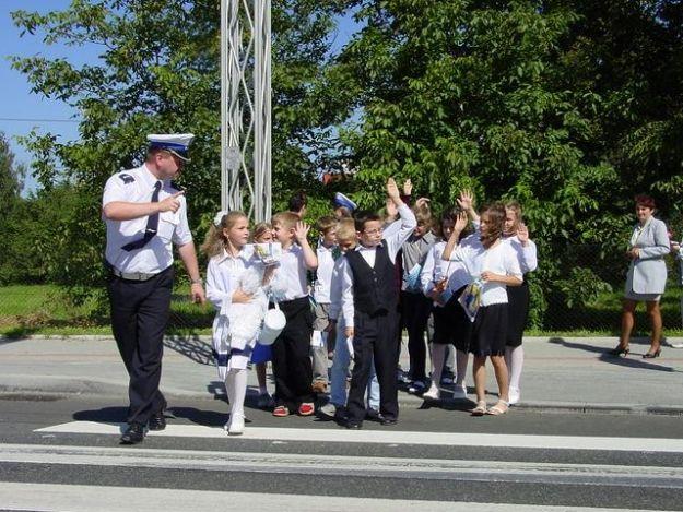 Znów kontrole policyjne. Zatroszczą się o bezpieczeństwo uczniów  - Aktualności Podkarpacie