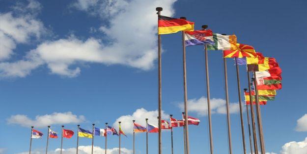 Dziś zjeżdżają na Podkarpacie dyplomaci z całego świata. Będą goście z ponad 43 krajów - Aktualności Podkarpacie