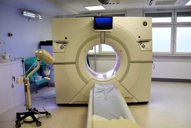 """Szpital Wojewódzki nr 2 z nowoczesnym tomografem. To drugi taki sprzęt w Polsce, """"urządzenie na miarę XXI wieku"""" - Aktualności Rzeszów"""
