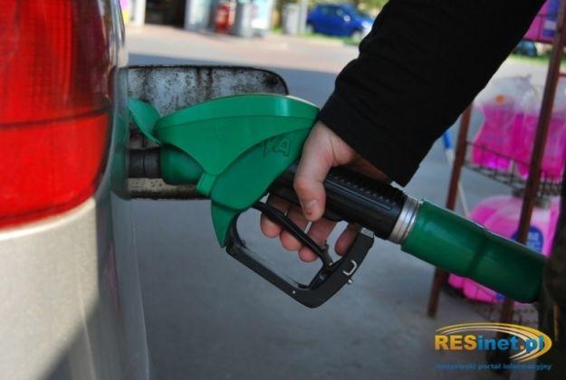 Ukradł 115 litrów oleju na stacji benzynowej przy ul. Lubelskiej. Zatankował i odjechał - Aktualności Rzeszów