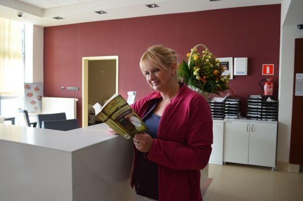 Na osłodę pobytu w szpitalu - czytelnia. Pro-Familia wprowadziła kolejne udogodnienia dla pacjentów - Aktualności Rzeszów