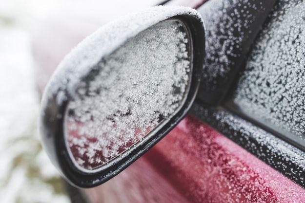 Uwaga kierowcy! Ślisko na drogach regionu - Aktualności Podkarpacie