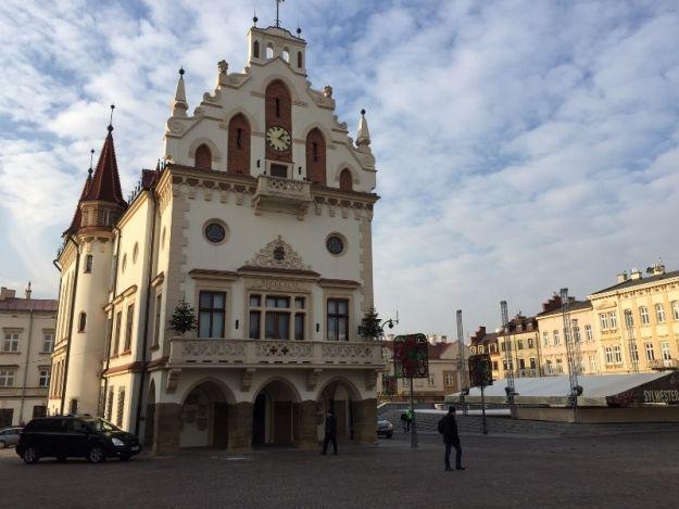 Trwa sesja Rady Miasta Rzeszowa - Aktualności Rzeszów