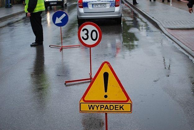 Zablokowana droga krajowa nr 84. Kierowca ciężarówki wjechał do rowu - Aktualności Podkarpacie