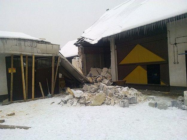 Zawalił się budynek w Kłyżowie - Aktualności Podkarpacie