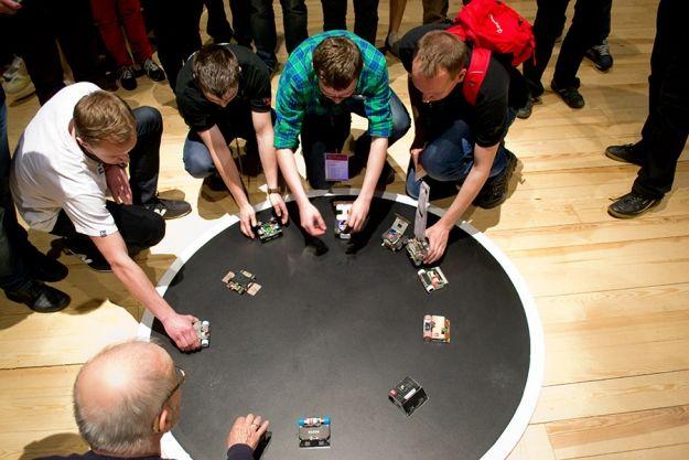 Zobacz walki i wyścigi robotów na żywo. Kolejna edycja ROBO~motion już w kwietniu w Rzeszowie - Aktualności Rzeszów