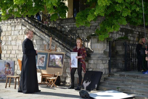 """PKS Rzeszów zaprasza na plan kolejnych odcinków serialu """"Ojciec Mateusz"""" - Aktualności Podkarpacie"""