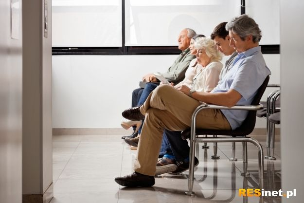 Działa infolinia dla pacjentów. Można uzyskać informacje o wolnych miejscach do lekarzy - Aktualności Podkarpacie