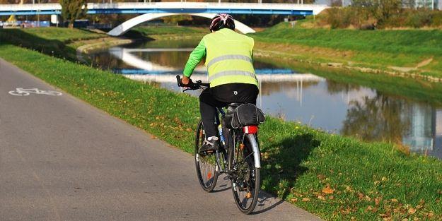 42 wypadki, 41 kolizji, 44 rannych. Skutki wzmożonego ruchu rowerowego - Aktualności Rzeszów