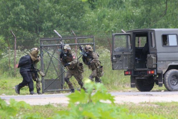 Działania antyterrorystyczne na zaporze w Solinie - Aktualności Podkarpacie