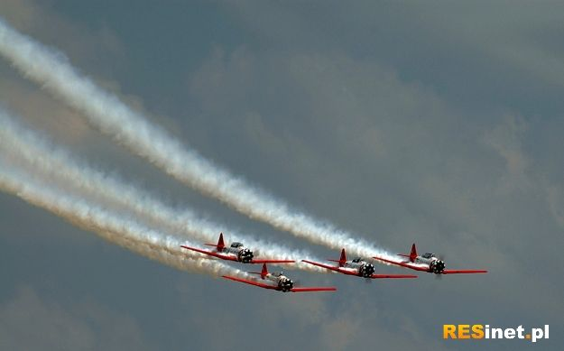 W sobotę II Podkarpackie Pokazy Lotnicze. Możliwe utrudnienia w dojeździe na lotnisko - Aktualności Rzeszów