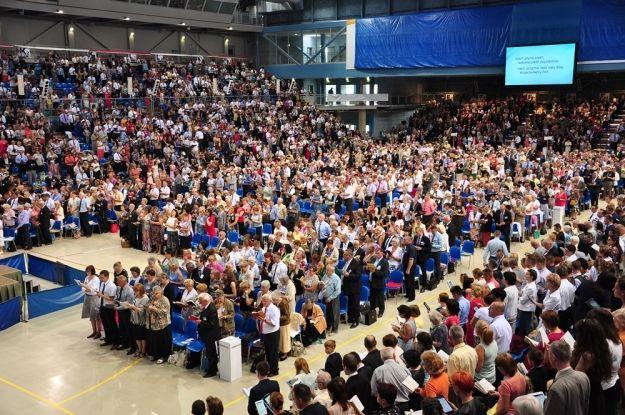 Trwa Kongres Świadków Jehowy. Organizatorzy przewidują obecność 4500 osób - Aktualności Rzeszów
