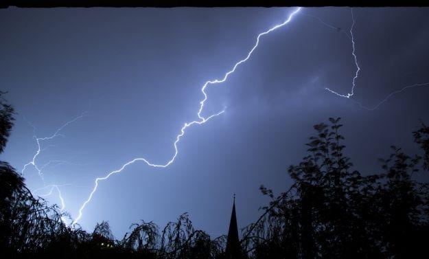 Ostrzeżenie meteorologiczne. Możliwe burze z gradem - Aktualności Podkarpacie
