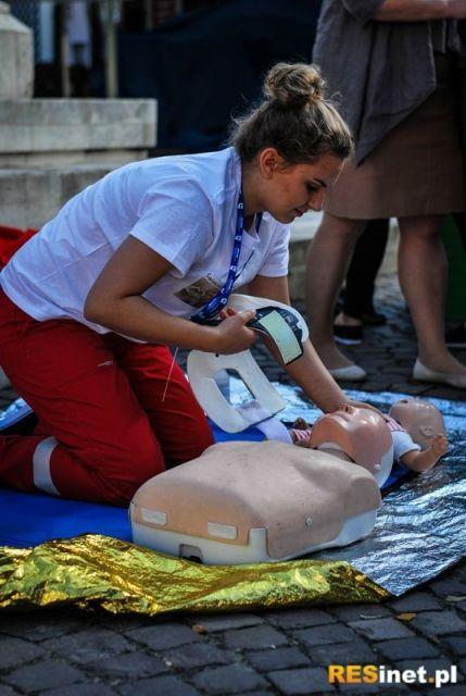 Darmowe szkolenia z zakresu pierwszej pomocy. Miasto zaprasza mieszkańców - Aktualności Rzeszów