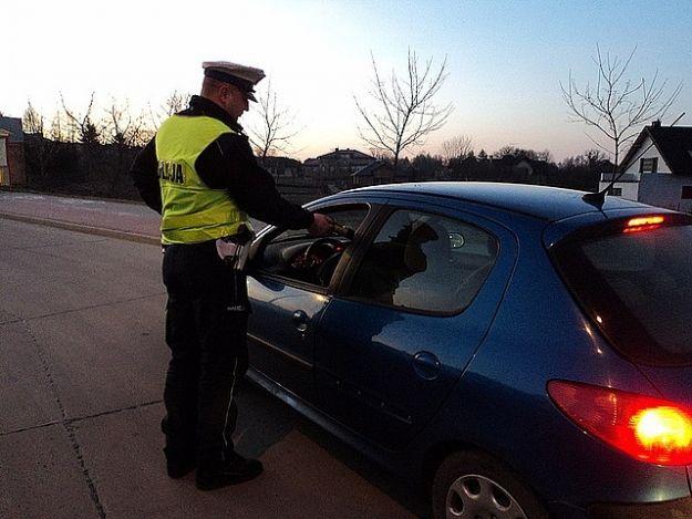 50 nietrzeźwych kierowców, 46 przypadków zatrzymania prawa jazdy. Bilans policyjnej akcji - Aktualności Podkarpacie