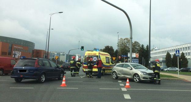 Wypadek niedaleko Millenium Hall. Zderzyły się dwa samochody - Aktualności Rzeszów
