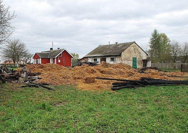 Podpalił stodołę i garaż - Aktualności Podkarpacie