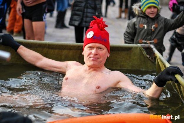 """Rzeszowski """"Sopelek"""" w niedziele rozpocznie morsowanie - Aktualności Rzeszów"""