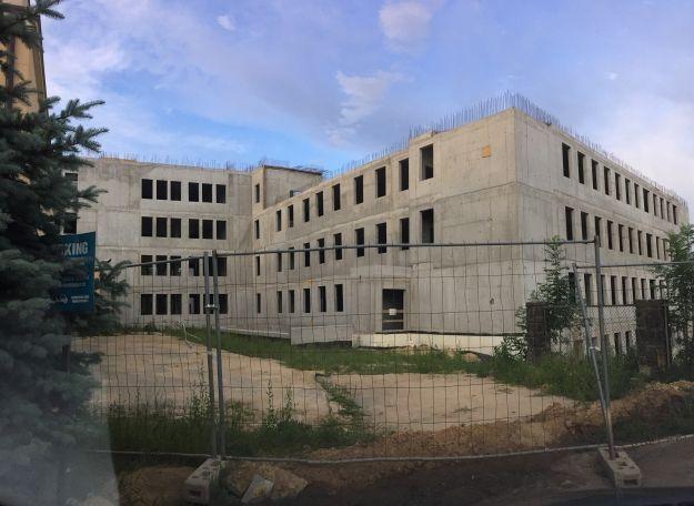 Trwa budowa nowego budynku szpitala MSW w Rzeszowie. Na dachu będzie lądowisko dla śmigłowców - Aktualności Rzeszów