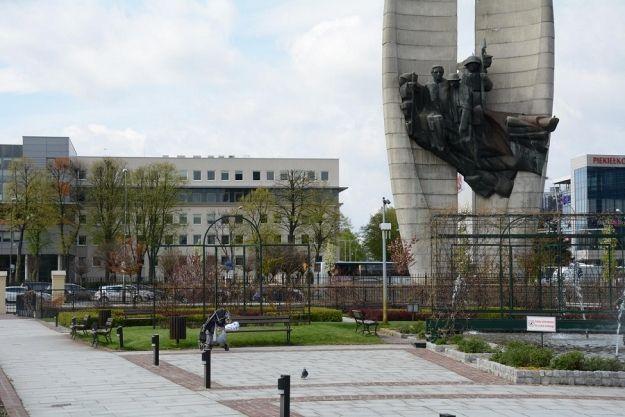 Ratunkiem dla Pomnika Czynu Rewolucyjnego może być zmiana rzeźby wewnątrz monumentu - Aktualności Rzeszów