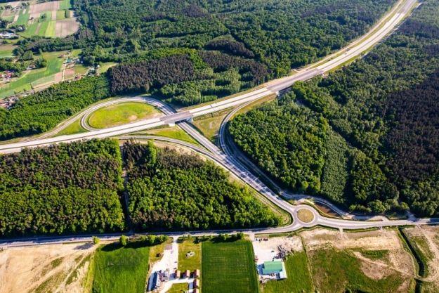 Strabag zajmie się budową odcinka drogi S19 Lasy Janowskie–Zdziary. Koszt budowy to ponad 236 mln zł - Aktualności Podkarpacie
