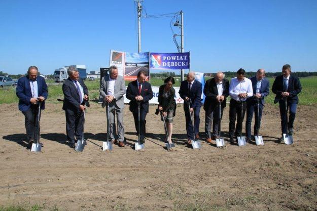 Rozpoczęła się budowa łącznika A4 w Dębicy. Za inwestycje zapłacą ponad 10 mln zł - Aktualności Podkarpacie