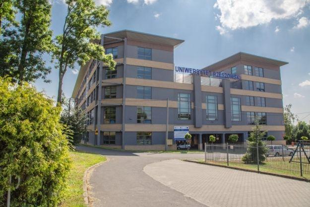 Kolejne uprawnienia doktorskie dla Uniwersytetu Rzeszowskiego - Aktualności Rzeszów