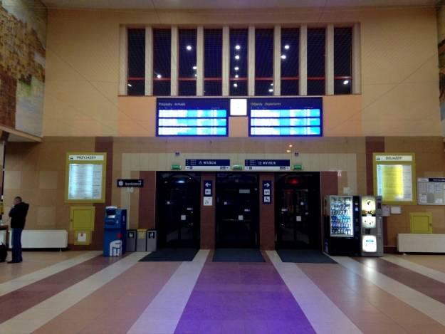 Od 10 marca zmiany w rozkładach jazdy pociągów na Podkarpaciu - Aktualności Rzeszów