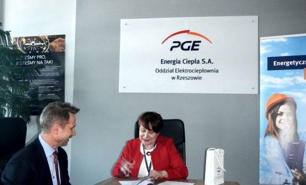 Jedna z rzeszowskich szkół podpisała umowę z Elektrociepłownią PGE przy ul. Ciepłowniczej - Aktualności Rzeszów