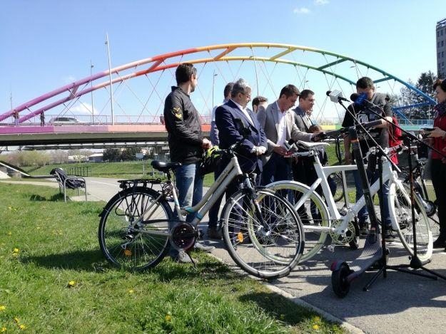 Na moście Narutowicza będzie kładka kompozytowa dla rowerzystów - Aktualności Rzeszów