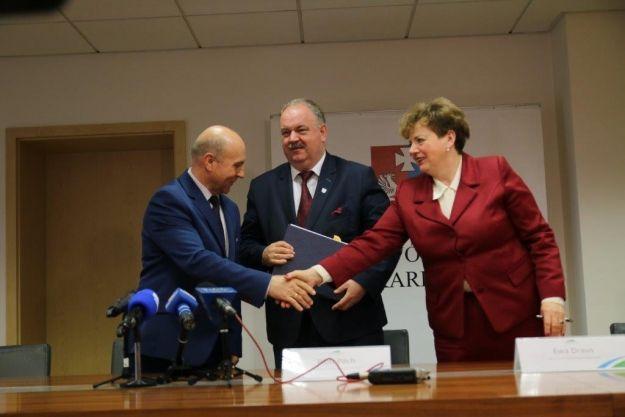 13 mln zł na drogi trafiło w ręce samorządowców z Podkarpackich gmin - Aktualności Podkarpacie