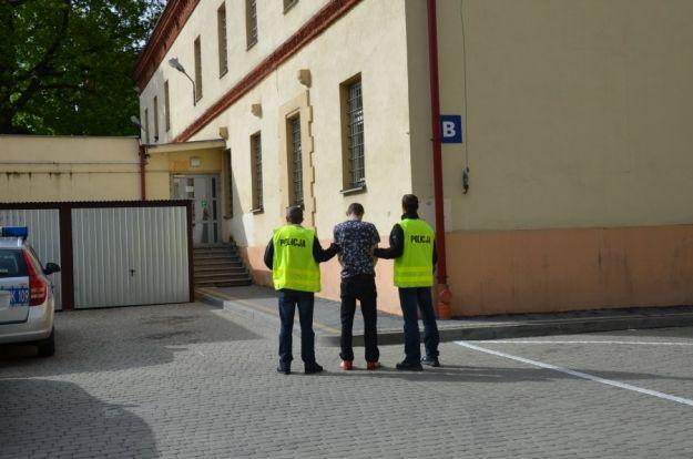 Atakował kobiety w centrum Rzeszowa. Jedną z nich ranił nożem - Aktualności Rzeszów