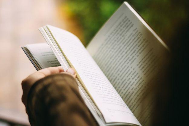 Spada liczba wypożyczeni i zbiorów w bibliotekach - Aktualności Podkarpacie