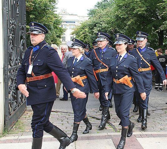 Przedwojenne patrole Policji na ul. 3 Maja - Aktualności Rzeszów