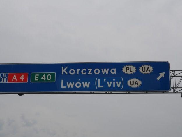 Zmiany na podkarpackim odcinku A4. Wprowadzono polskie nazwy zagranicznych miast - Aktualności Podkarpacie
