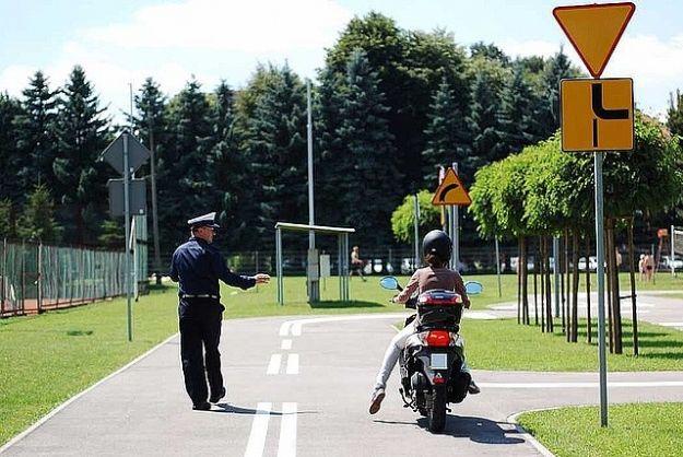 Wakacyjny egzamin na kartę rowerową i motorowerową - Aktualności Rzeszów