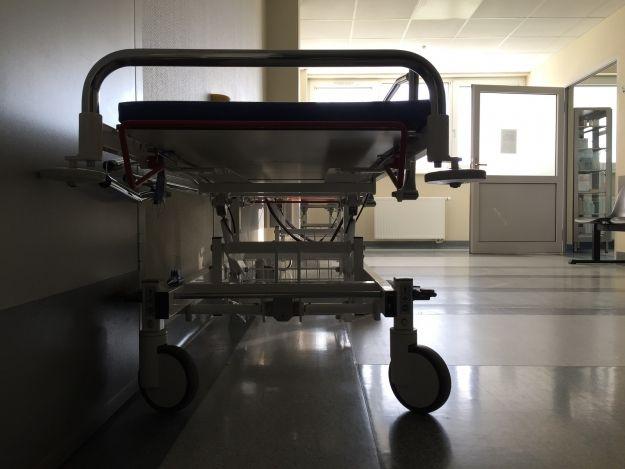 """Mniej łóżek na oddziale mieleckiego szpitala. Dyrektor: """"Zmiany nie odbiją się na chorych""""  - Aktualności Podkarpacie"""