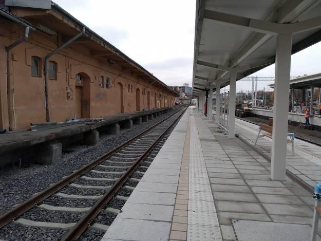 Raport z prac na stacji Rzeszów Główny. 19 listopada uruchomią peron nr 1 [FOTO] - Aktualności Rzeszów