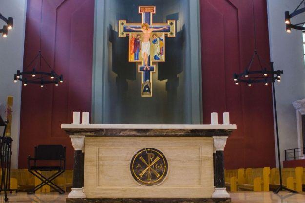 Klasztor oo. Dominikanów wprowadził możliwość składania datków drogą bezgotówkową - Aktualności Rzeszów