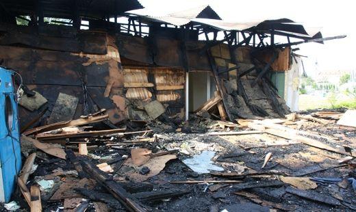 Ogień strawił budynek ZHP - Aktualności Rzeszów