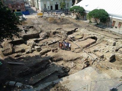Trwają prace archeologiczne w Sanoku - Aktualności Podkarpacie