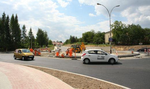 Rondo przy ul. Kotuli prawie gotowe - Aktualności Rzeszów