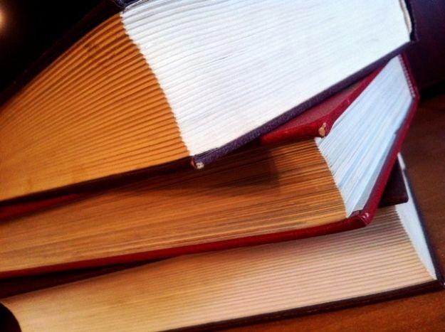 Wyższe kary za przetrzymywanie książek - Aktualności Rzeszów