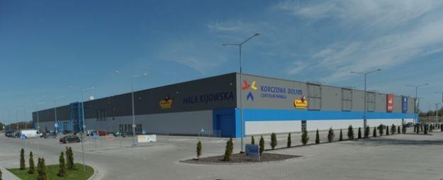Nowe obiekty handlowe w Korczowej Dolinie - Aktualności Podkarpacie