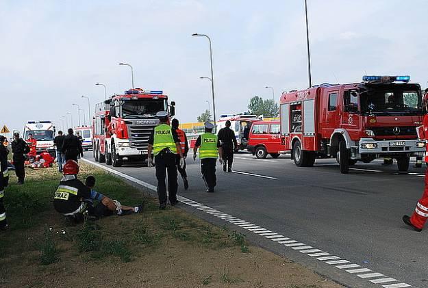 Symulacja karambolu na autostradzie A-4 - Aktualności Rzeszów