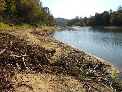 Jezioro Solińskie coraz mniej zaśmiecane  - Aktualności Podkarpacie