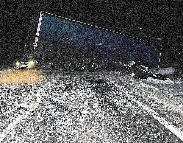 Przez 5 godz. tir blokował drogę - Aktualności Podkarpacie