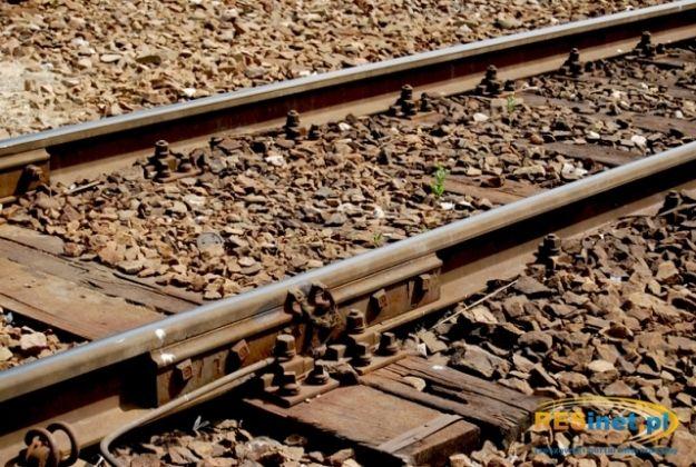 Wszedł wprost pod nadjeżdżający pociąg - Aktualności Podkarpacie