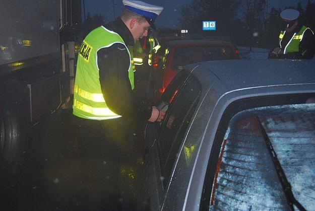 """Policjanci rozpoczęli akcję """"Boże Narodzenie 2012"""" - Aktualności Podkarpacie"""