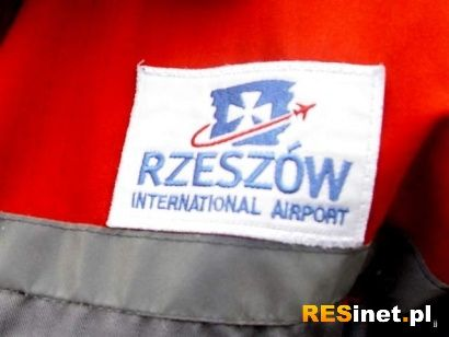 Oblodzenia komplikują sytuacje na lotniskach - Aktualności Rzeszów